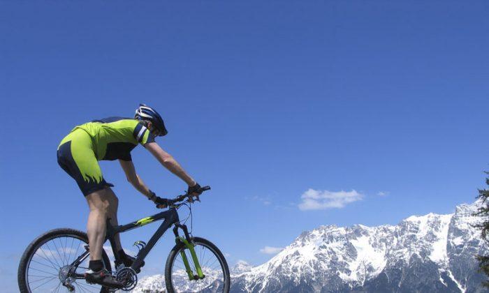 Mountain biking in the Alps. (Shutterstock*)