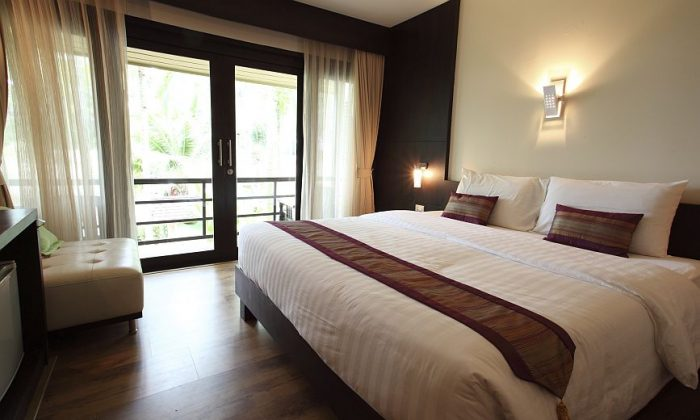Keep location in mind when selecting a hotel. (piyato/thinkstock)