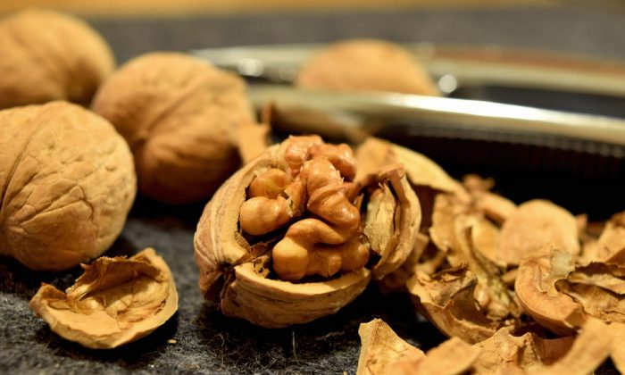 Walnuts racked up another nutritional credential after a recent study found they had a significant impact on the health of participants' microbiome. (pixabay/CC0)
