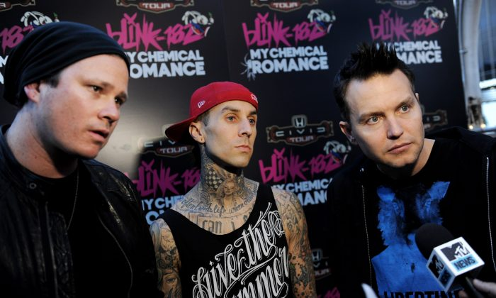(L-R) Musicians Tom DeLonge, Travis Barker and Mark Hoppus of blink-182 in a file photo. (Getty Images)