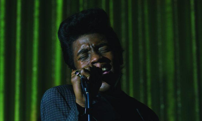 Chadwick Boseman transforms himself into James Brown. (Universal Pictures)