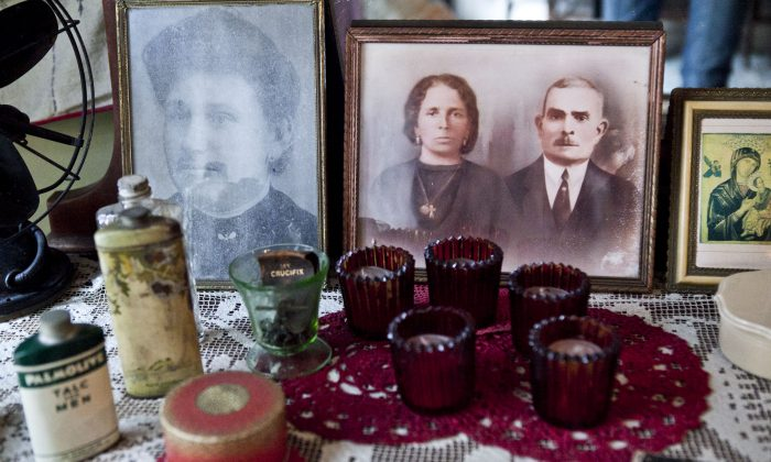 Details from one of the rooms in the Tenement Museum in New York, Aug. 13, 2013. (Samira Bouaou/Epoch Times)