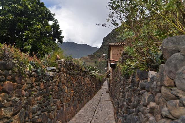 One of the narrow streets in Ollantaytambo, Peru (Adventurous Travels)