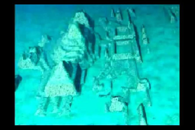 Screenshot showing underground stone structure off the west coast of Cuba. (Screenshot/The Cosmos News/Youtube)