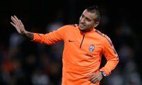 EPL Transfer News Now: Arturo Vidal to Manchester United, Arsenal Track Ron Vlaar, No Alberto Moreno Liverpool Deal