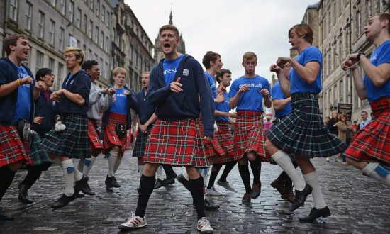A Tale of Two Festivals: The History of the Edinburgh Fringe