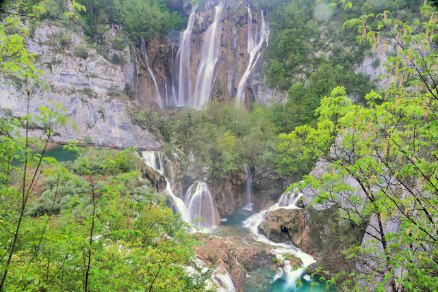 The tallest waterfall in Plitvice Lakes National Park (Tomasz Lisowski, Adventurous Travels)