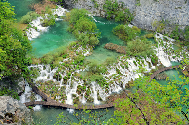 Cascades-Lakes in Plitvice National Park (Tomasz Lisowski, Adventurous Travels)