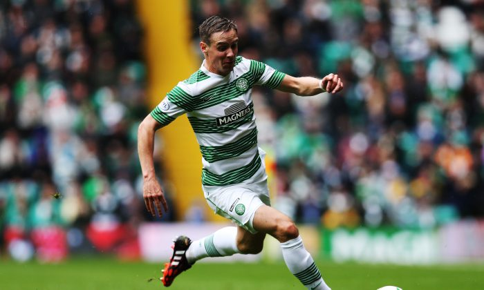 Stefan Johansen of Celtic controls the ball during the Scottish Premiership League Match between Celtic and Dundee United, at Celtic Park on August 16, 2014 Glasgow, Scotland. (Photo by Ian MacNicol/Getty Images)