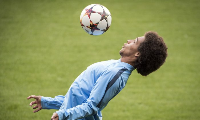 Zenit's player Axel Witsel takes part in a training session of Russian football team FC Zenit Saint Petersburg, on August 19, 2014, in Liege, on the eve of their UEFA Champions League first leg match against Standard de Liege. (NICOLAS LAMBERT/AFP/Getty Images)