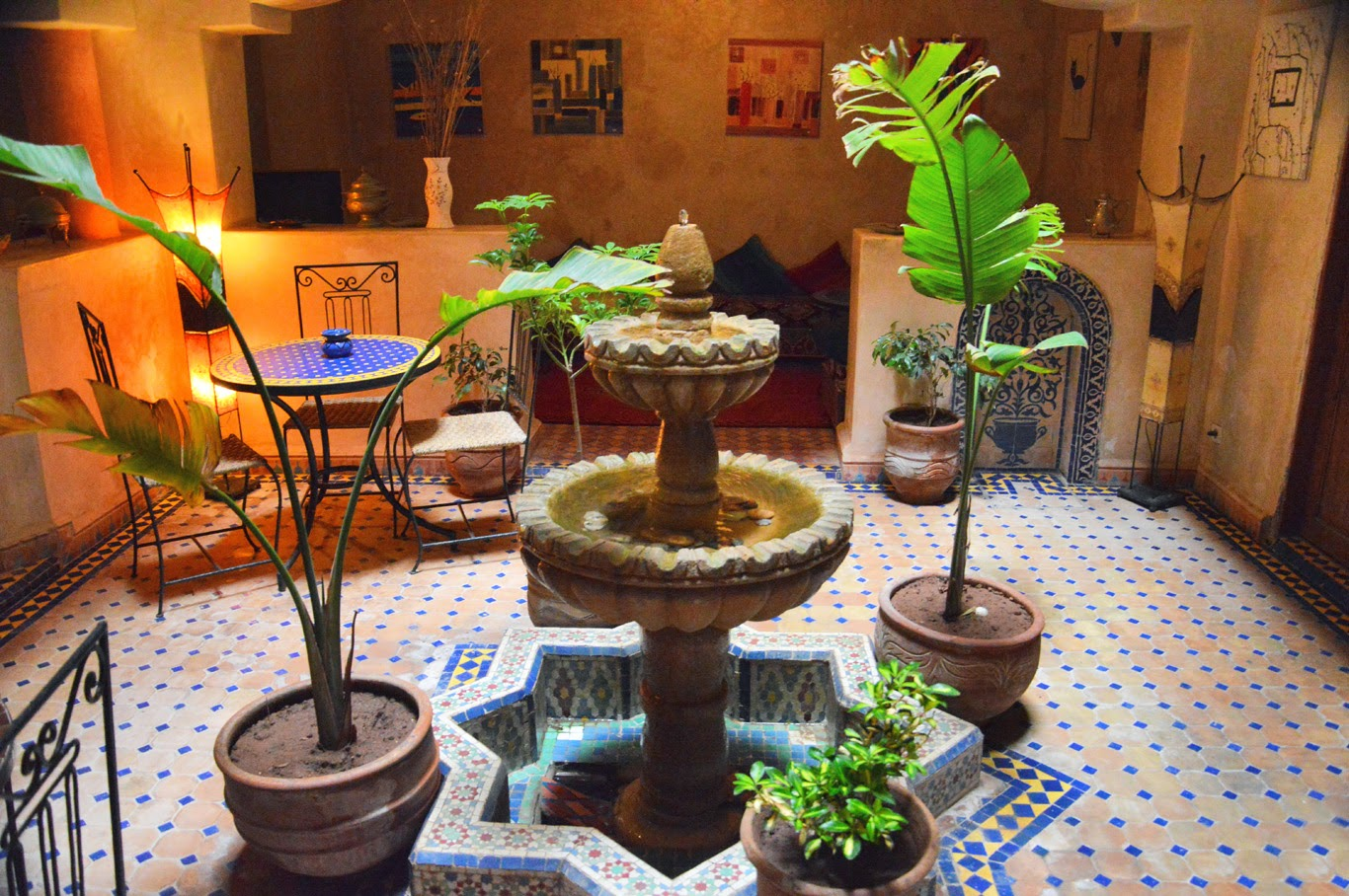 Oriental interior in one of the hotels in Essaouira (Adventurous Travels)
