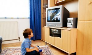 Raising Children on TV Disrupts Their Ability to Pay Attention and Learn