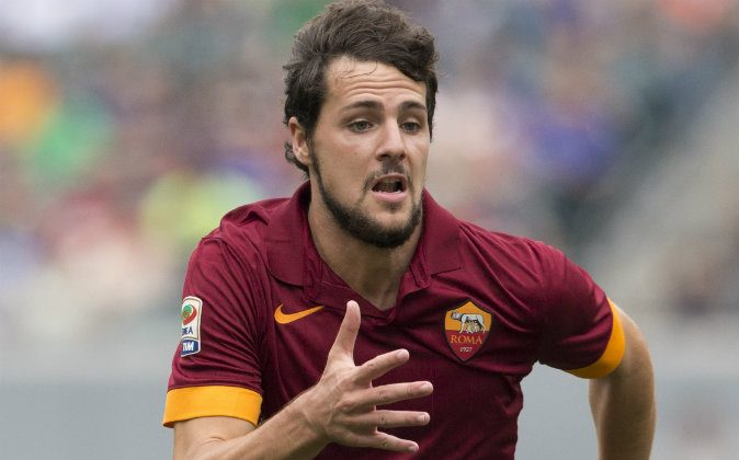 Forward Mattia Destro #22 of AS Roma participates in the match against FC Internazionale Milano during the International Champions Cup on August 2, 2014 at Lincoln Financial Field in Philadelphia, Pennsylvania. (Photo by Mitchell Leff/Getty Images)