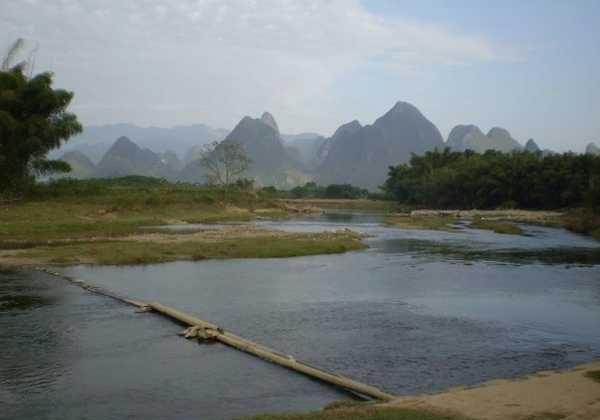 Li River Footbridge, Xingping, Yangshuo (Vagabond Journey)