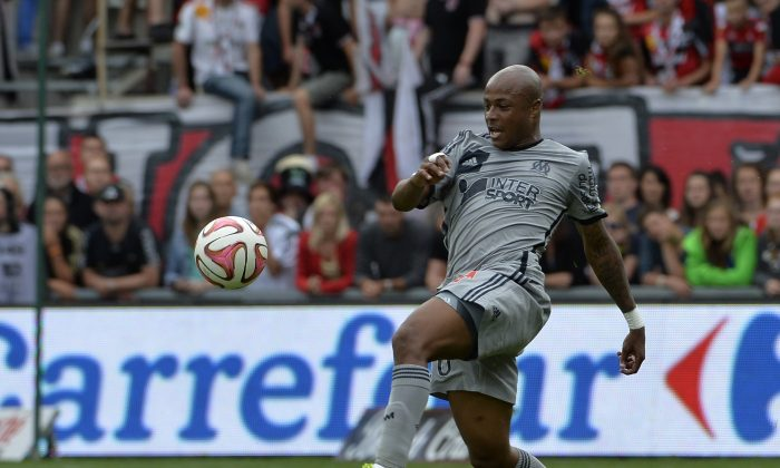 Marseille's Ghanaian forward Andre Ayew controls the ball during the French L1 football match Guingamp (EAG) vs Olympique de Marseille, on August 23, 2014 at the Roudourou stadium in Guingamp. (MIGUEL MEDINA/AFP/Getty Images)