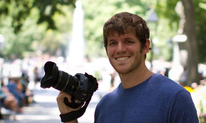Brandon Stanton of Humans of New York in Washington Square Park in Manhattan on July 5, 2012. (Benjamin Chasteen/Epoch Times)