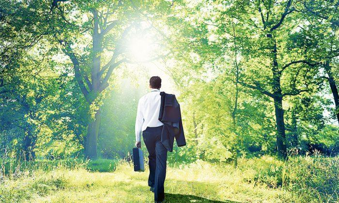 Take a walk on your lunch break. (Robert Churchill/iStock/ThinkStock)