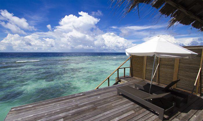 Villa deck (BesuDesu Abroad)