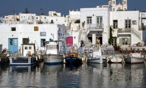 Explore the routes of Paros