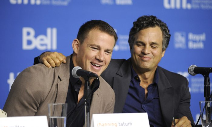 """Channing Tatum, left, and Mark Ruffalo attend the press conference for """"Foxcatcher"""" on day 5 of the Toronto International Film Festival at the TIFF Bell Lightbox on Monday, Sept. 8, 2014, in Toronto. (Photo by Chris Pizzello/Invision/AP)"""