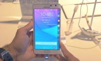 Samsung Galaxy Note Edge – Up Close (Video)