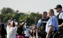 New Ferguson Video Shows Eyewitness With Hands in the Air