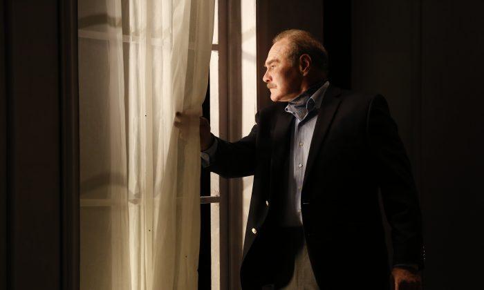 "Sherman Howard stars as artist Rudolf Bauer in Lauren Gunderson's ""Bauer."" (Carol Rosegg)"