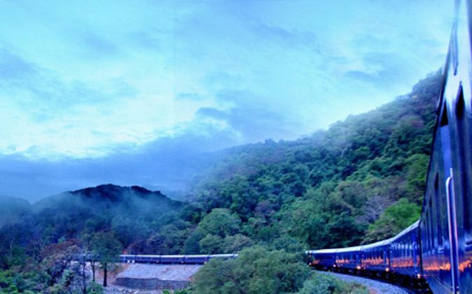 India railways (Katie Parsons, A Luxury Travel Blog)