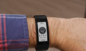 Sony Smartband Talk: Best Combination of Smartwatch and Fitness Tracker?
