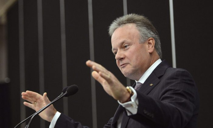 Bank of Canada governor Stephen Poloz speaks in Drummondville, Que., on Sept. 16, 2014. The central bank is reinforcing its hands-off position when it comes to influencing the Canadian dollar. (The Canadian Press/Ryan Remiorz)
