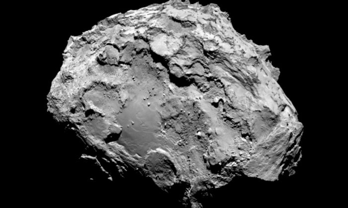 In this handout from the European Space Agency (ESA), the comet Comet 67P/Churyumov-Gerasimenko is seen in a photo taken by the Rosetta spacecraft with the OSIRIS narrow-angle camera Aug. 3, 2014 in space. (ESA/Rosetta/MPS for OSIRIS Team MPS/UPD/LAM/IAA/SSO/INTA/UPM/DASP/IDA via Getty Images)