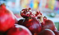 Schizandra Pomegranate Kefir