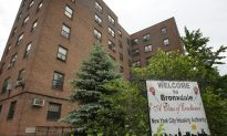 Bronx NYCHA Tenants Sue for Repairs