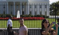 Man Arrested After Trying to Jump White House Fence: Secret Service
