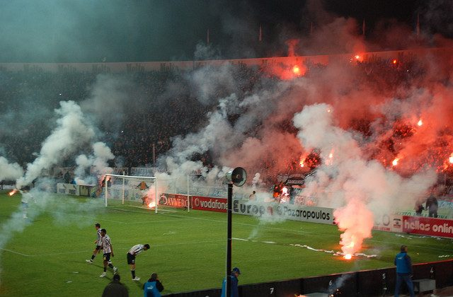 Violence at PAOK - Olympiacos game (2009): 1-0