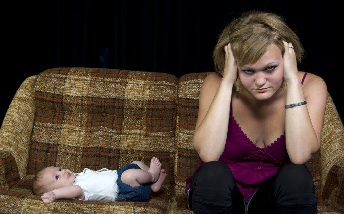 """Most parents we interviewed described having """"unrealistic"""" expectations about baby behaviour. (Shutterstock*)"""