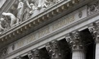 US Stocks Slide on Tuesday Trading; Global Growth Concerns