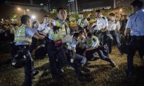 Hong Kong Police Violence See Reporters and Protesters Injured, Intimidated (+Photos, Video)