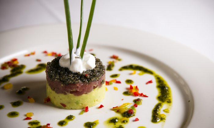 Tuna tartare, American sturgeon caviar, avocado. (Edward Dai/Epoch Times)