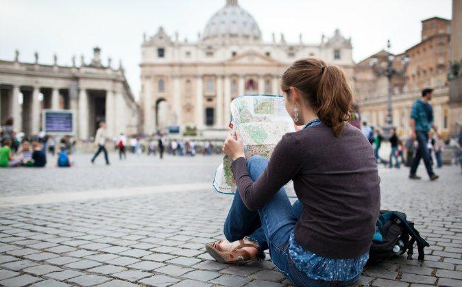 Female traveler (Shutterstock*)