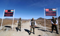 India Says 3 Soldiers Killed in Standoff With Chinese Troops