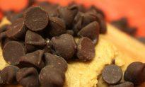 A Quick and Easy Vegan Cookie Pie Recipe