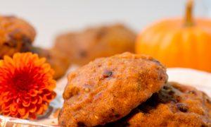 Pumpkin Chocolate Chip Quinoa Cookies