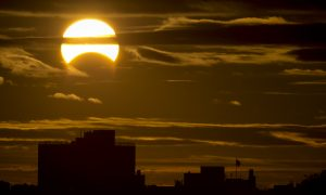 Solar Eclipse 2014 Dates and Time: United States Schedule and Where to Look in Sky