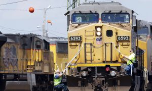 Union Pacific 3rd-Quarter Profit Chugs Ahead 19 Percent