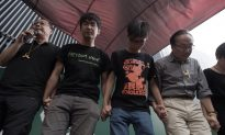 Hong Kong Protest Leaders Withdraw Poll Plans, Apologize