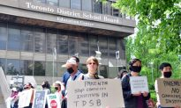 Chinese Diplomat Rallies Support for Confucius Institute in Toronto Schools