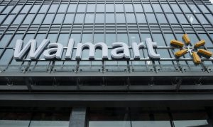 Wal-Mart Tests Matching Prices With Online Rivals