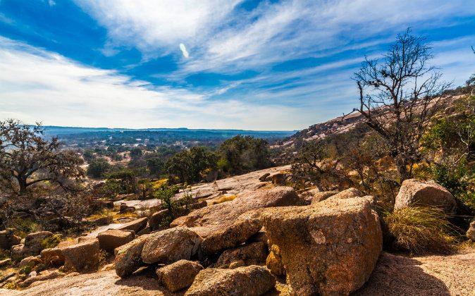 Enchanted Rocks in Texas (Shutterstock*)