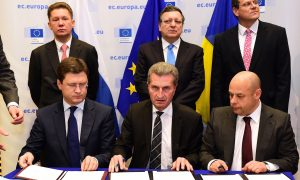 Russia and Ukraine Sign a $4.6 B Gas Deal in Time for Winter